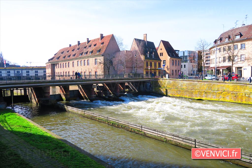VENVICI.FR Airbnb Strasbourg pont couvert